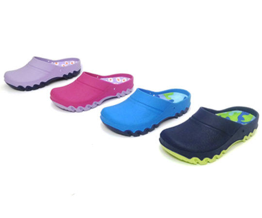 Kid's Clogs in various colors06 Sizes 24 - 35